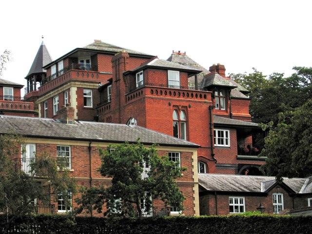 Kingsland Bridge apartments