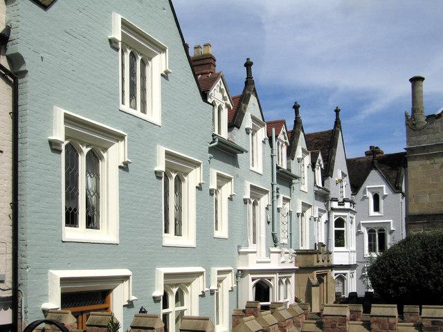Houses on School Gardens