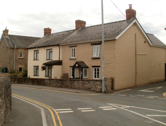 Fir Tree Cottages, Bronllys