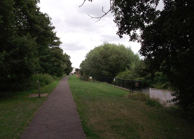 River Shuttle and Hollyoak Wood Park