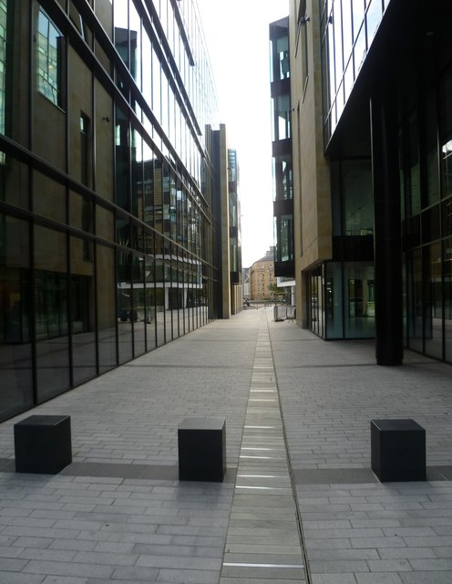 Semple Street entrance to Exchange Place