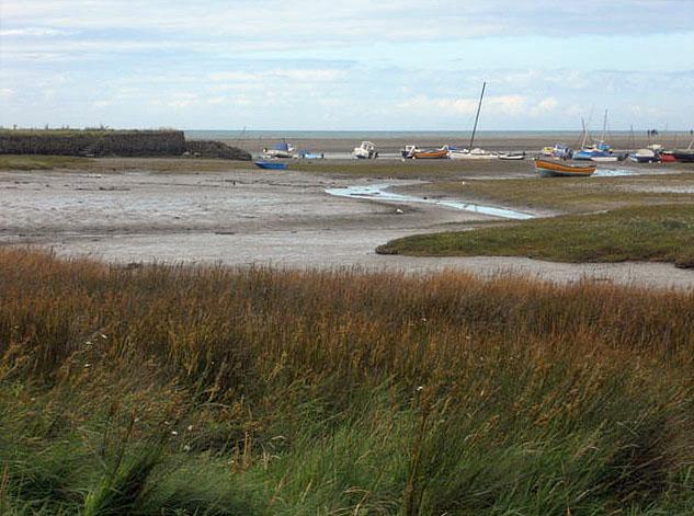 Newport Sands at low tide