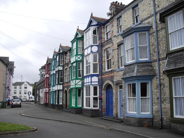 Colourful houses, Bala