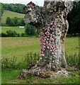 SU8695 : Art at Hughenden Park (10) by Graham Horn