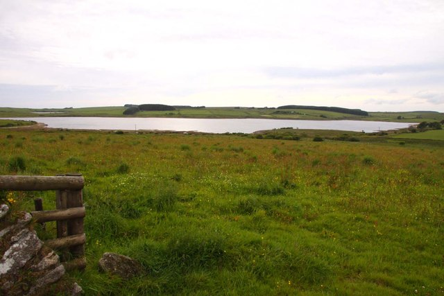 Field overlooking Colliford Lake