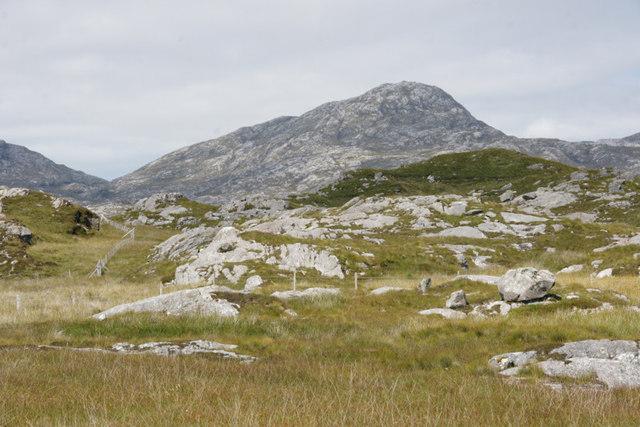 View towards An Coileach from Flodabay (Fleoideabhagh)