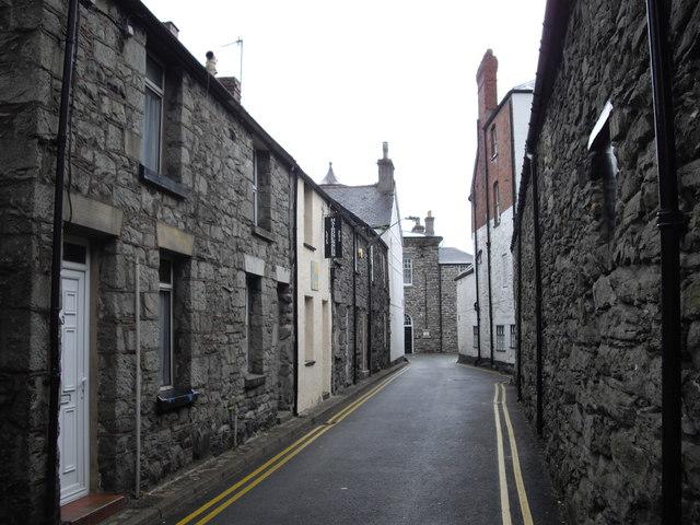 Narrow street in Bala