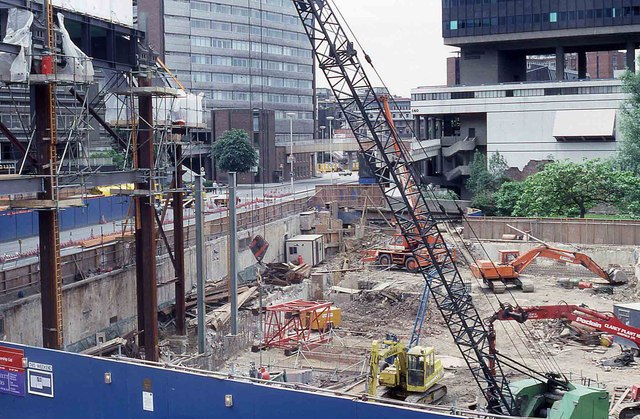 Construction Site At London Wall 2 169 Peter Shimmon Cc By