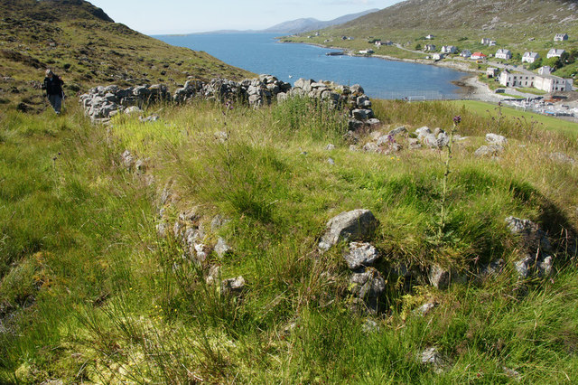 Ruined house above Old Pier Road, Tarbert
