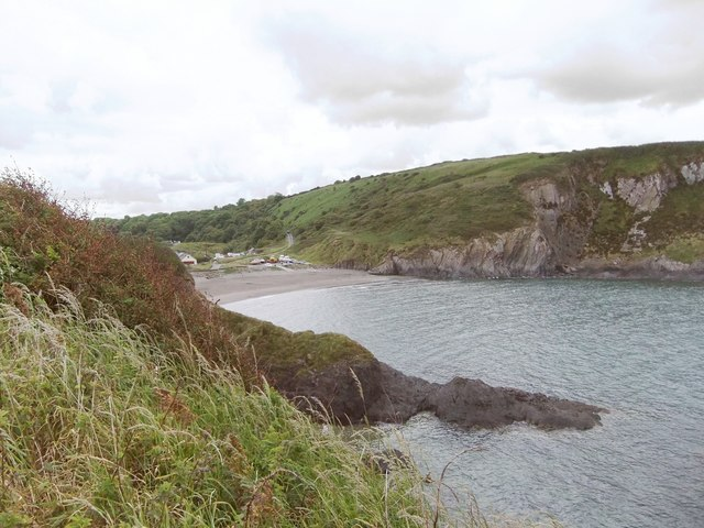 Pwll Gwaelod, looking south-east from the coast path