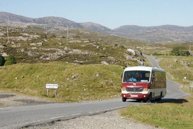 Bus passing through Kendebig (Ceann Dibig)