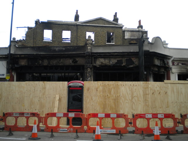 Burnt out Bruce Grove Post Office, High Road N17
