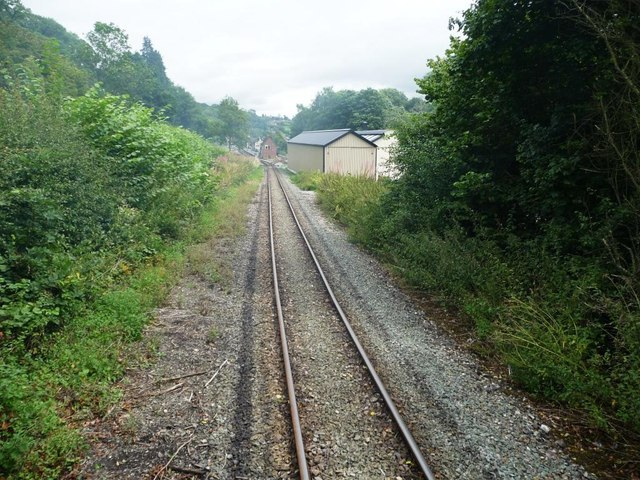 The line into Welshpool [Raven Square]
