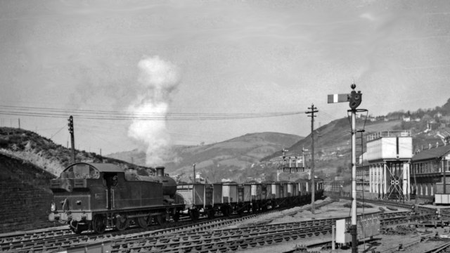 Up coal train from Rhondda Valley approaching Pontypridd