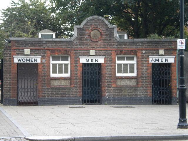 Public Toilets, High Road N17