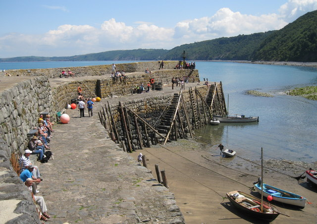 A hot summer's day at Clovelly Harbour