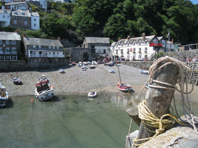 Clovelly from the harbour arm