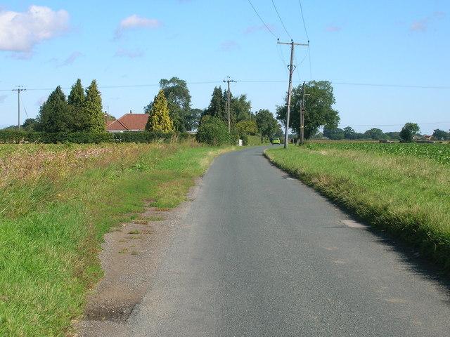 Minor road towards Stillingfleet