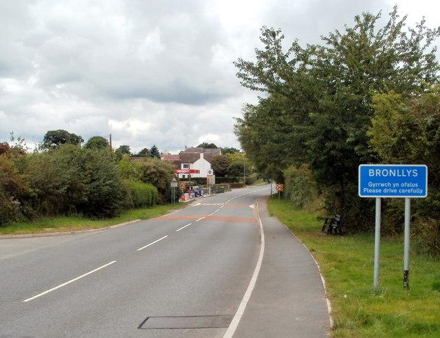 NE boundary of Bronllys