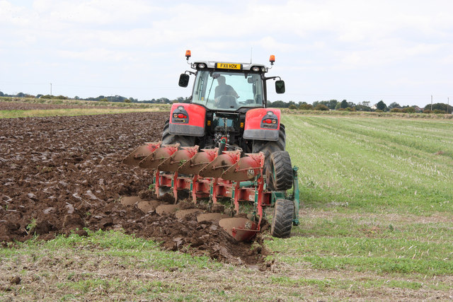 Ploughing at Trusthorpe