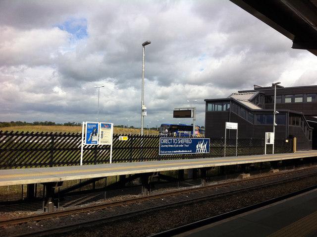 East Midlands Parkway, platform 1