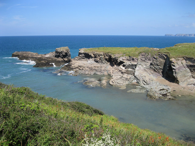 Entrance to Port Gaverne