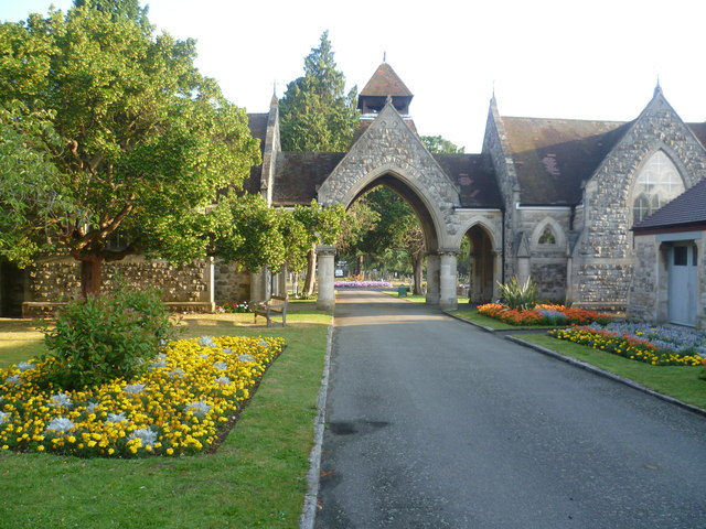Entrance to London Road Cemetery