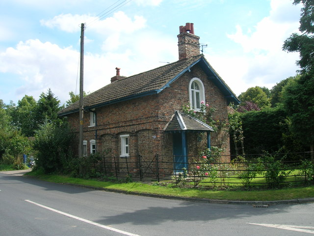 Cottage, Mill Hill