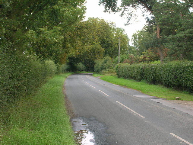 Minor road towards Wheldrake