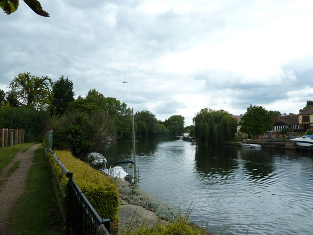 Walk along the Thames from Runnymede to Old Windsor (65)