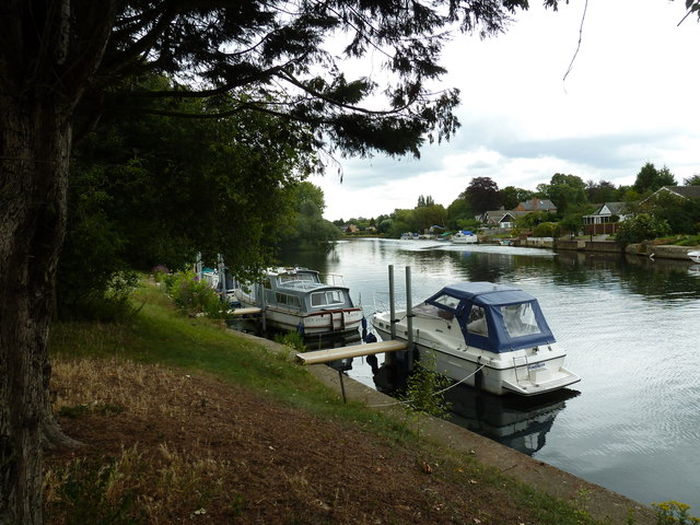 Walk along the Thames from Runnymede to Old Windsor (66)