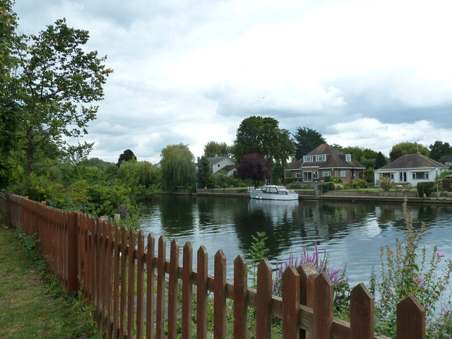 Walk along the Thames from Runnymede to Old Windsor (69)