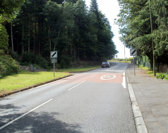 End of the 30mph speed limit, Mountain Road, Caerphilly