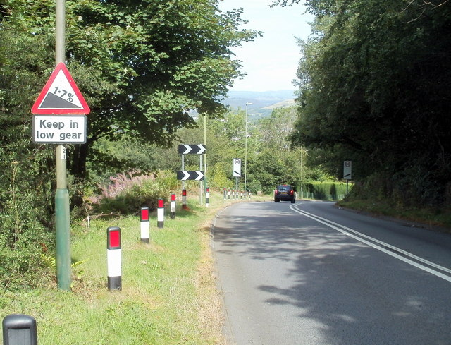Keep in low gear : 17% descent ahead, Mountain Road, Caerphilly