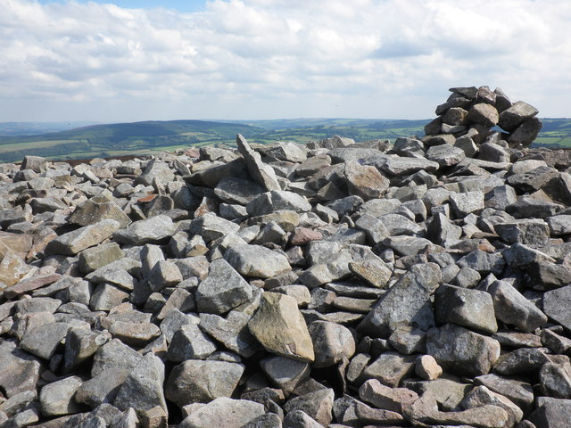 Cairn on Luccombe Hill