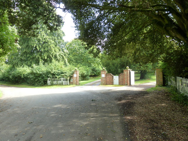 Lane passing the entrance to the old rectory