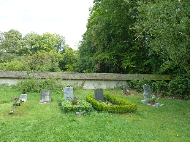 Tunworth Churchyard (e)
