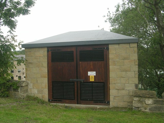 Electricity Substation No 49738 - Low Lane