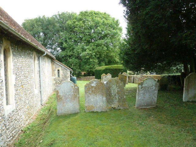 St Mary Mapledurwell: churchyard (3)