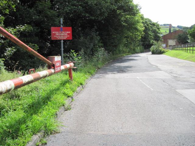 No footpath through Sonoco plant