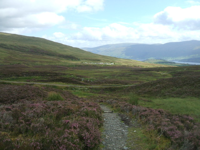 Start of the Tarmachan hill path