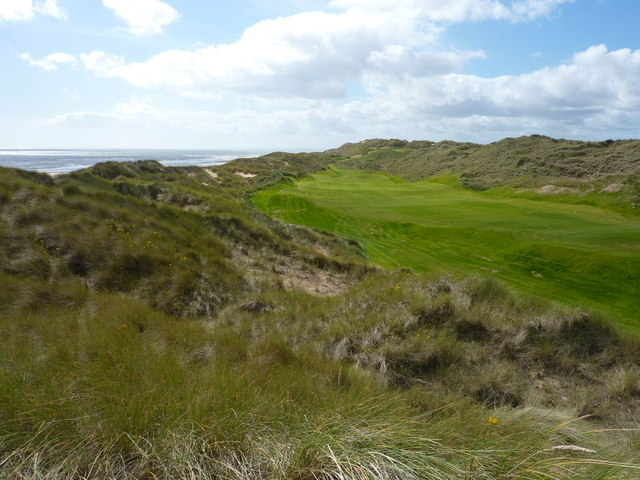 A new golf course in the sand dunes north of Balmedie