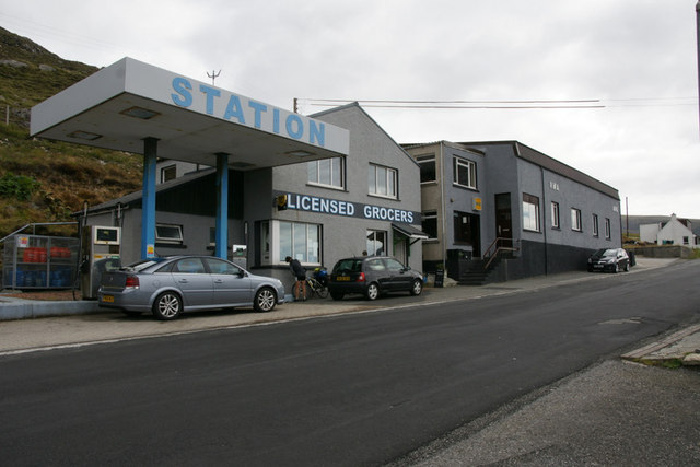Filling Station and Licensed Grocer, Aird Asaig