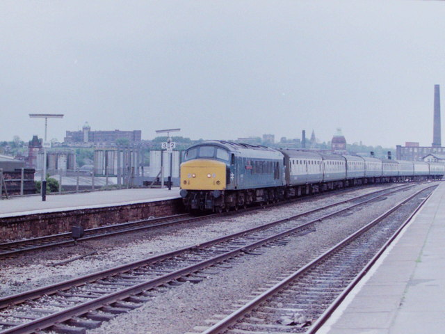 'Peak' Diesel at Stalybridge, 1984