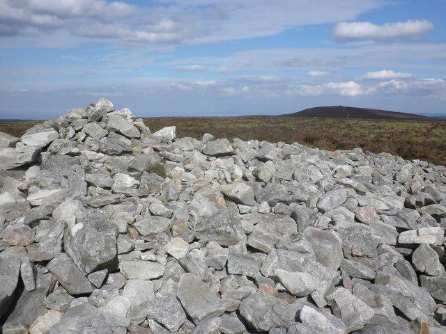 Summit cairn, Great Rowbarrow