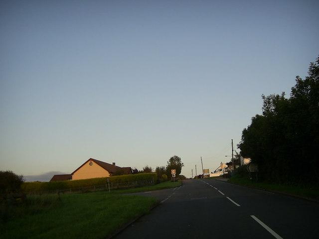 Road junction near Foelgastell