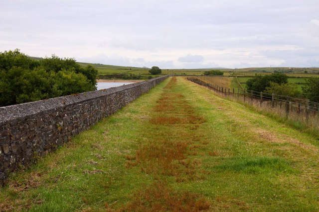 Path over the dam