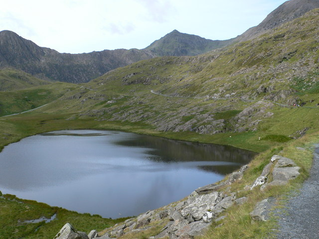 Llyn Teyrn from the Miner's Track