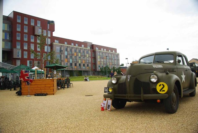 Suffolk Campus and Pontiac Deluxe 6