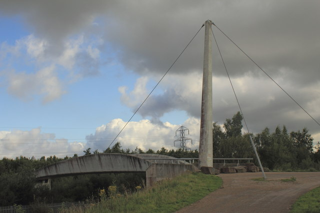 Modern Footbridge at Colliers Moss